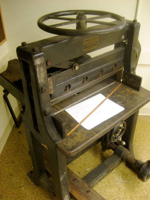 Old Fashioned Paper Cutter Uploaded Image