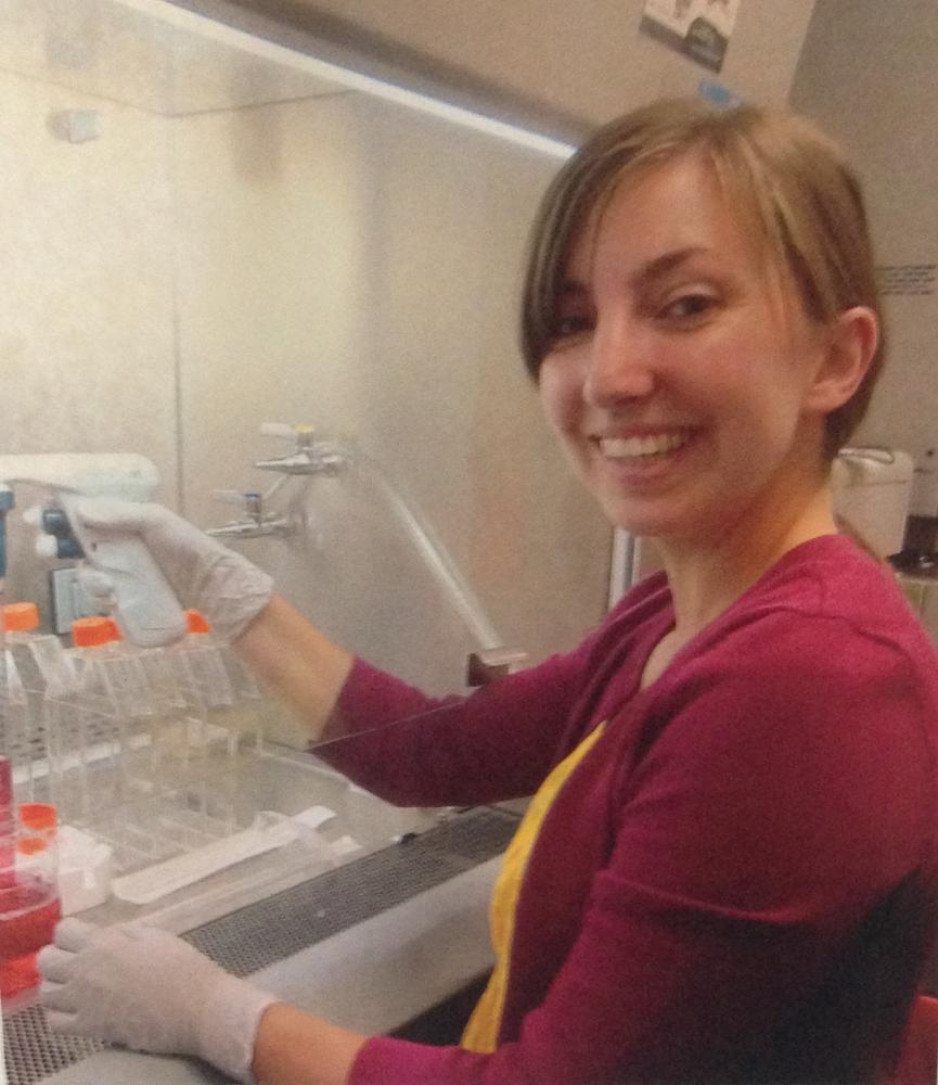 Lab alum Courtney Mazur receives the NSF GRFP award! | Duffy