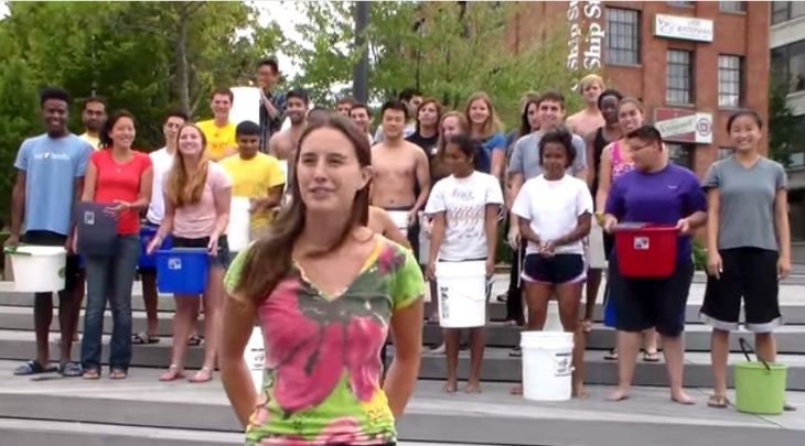 MD students take the ALS Ice Bucket Challenge
