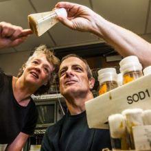 Biology professors Kristi Wharton and Robert Reenan