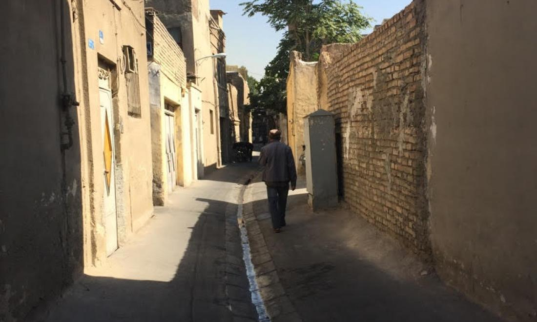 A street near the clinic in Tehran