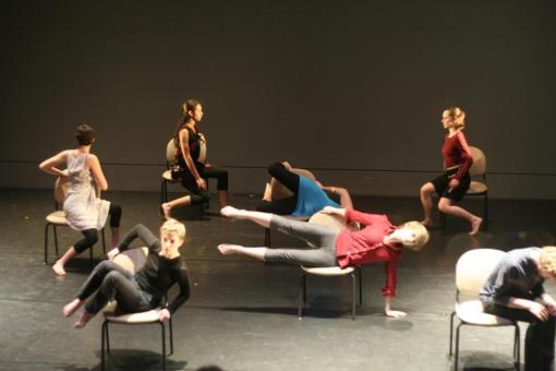 "Dance Extension performing ""Rooms Etude"" at The Granoff Center"